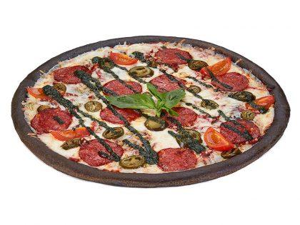 Чёрная пицца